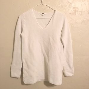 Uniqlo white stretch sweater